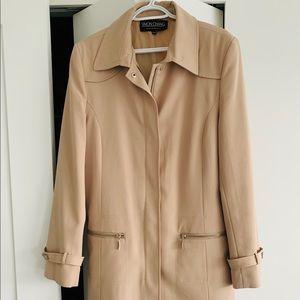 Designer Simon Chang light coat - belt-free style